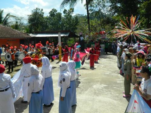 Karnaval HUT RI di Desa Banyuasin Separe